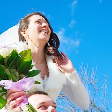 Wedding photographer Vladimir Agapov (fotovl952). Photo of 12.06.2014