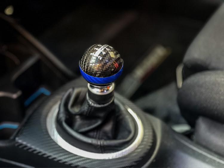 フィット GE8のローガン,ローガンレーシング,ご近所レーシング,久しぶりの洗車,仲良しですが何か?に関するカスタム&メンテナンスの投稿画像4枚目