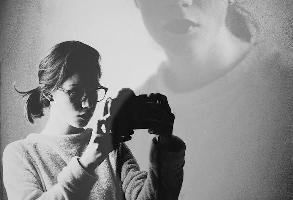 Autorappresentazione e surrealismo di LIDIA MALLIA