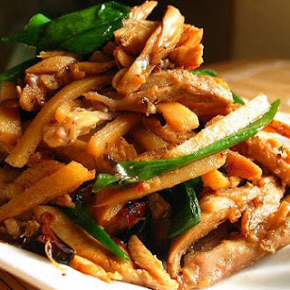 Dry-Fried Shredded Chicken And Bamboo Shoots 干煸鸡丝.