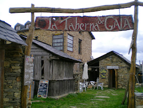 Photo: Etapa 21. La Taberna de Gaia. Foncebadón