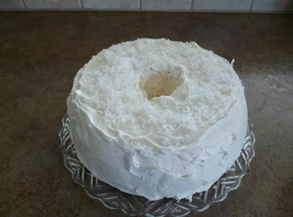 Strawberry filled Angel Food Cake_image