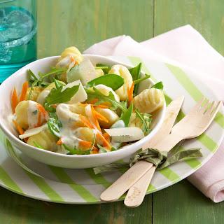 Bunter Gnocchi-Salat