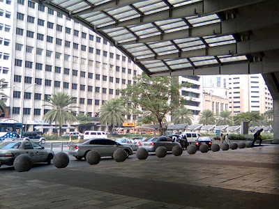 Front part of Makati Stock Exchange