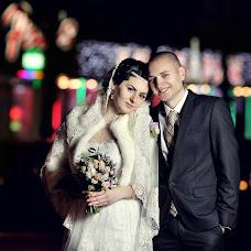 Wedding photographer Anatoliy Volokh (COMILFO77). Photo of 18.12.2013