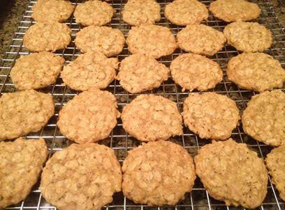 Quaker Oats Vanishing Oatmeal Cookies Recipe