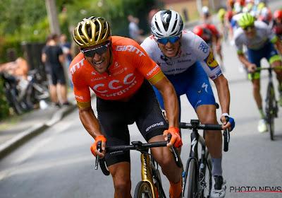 """Poging van Van Avermaet strandt op paar honderden meters: """"Groot verschil tussen gegrepen worden of rit winnen"""""""