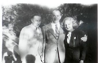 Photo: Lyle,?? and Winnie (Eaglestone) Pearlman