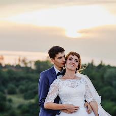 Wedding photographer Anastasiya Ponomarenko (staseyrozen). Photo of 06.09.2018