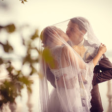 Wedding photographer Yuriy Bondarev (BondrevUra). Photo of 08.10.2014