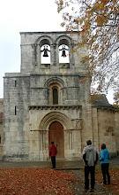 Photo: 11h40 Passage au monastère d'Estibaliz (XVIè), désert à cette époque. Architecture médiévale du Pays Basque. Etape importante sur le chemin de Saint-Jacques