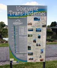 Photo: ...hier beginnt einer der schönsten Radwege,  von Charleville-Mézières nach Givet, suuper.