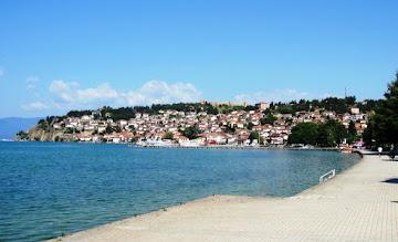Photo: Näkymä Ohridin rantabulevardilla
