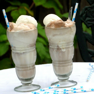 How to Make an Old-fashioned Ice Cream Soda