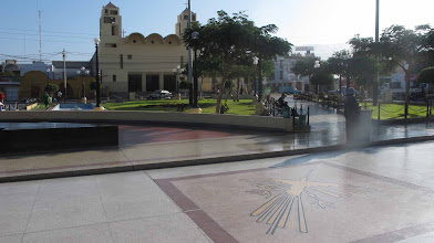 Photo: Plaza de Armas de Nazca Nazca-Cusco en bici 30-Jun. al 07-Jul. (2012)