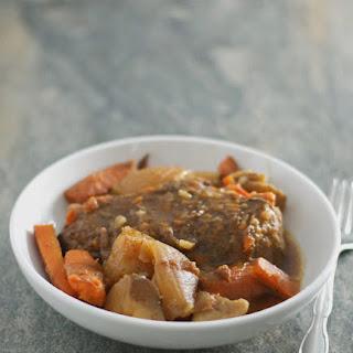 Slow Cooker Roast with Veggies