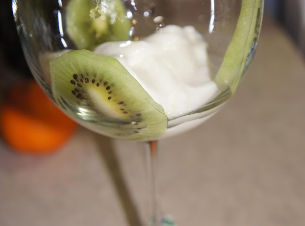 look at the pictures on how i attached the kiwi on the glass. after it...