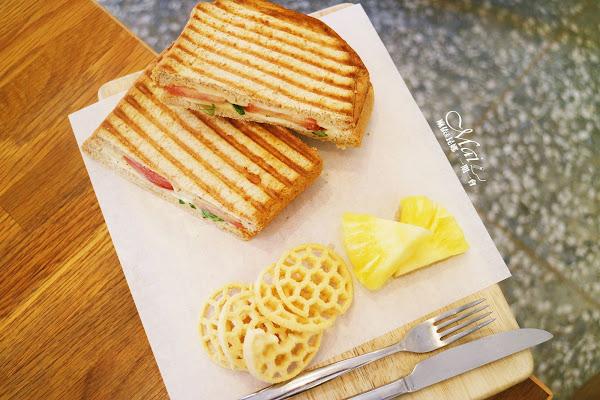 桃園食記 ▌好拾日咖啡館。燊咖啡二店、純白小清新的日系可愛風!不限時《麻依專欄》