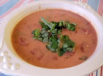 Mediterranean Tomato Basil Bisque