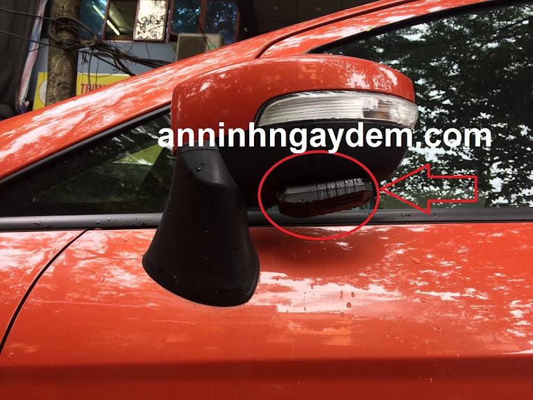 thiết bị chống trộm gương ô tô