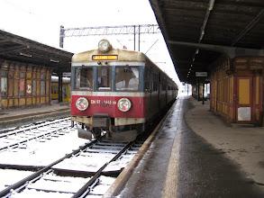 Photo: Jelenia Góra: EN57-1045 po przyjeździe jako 2041 z Wałbrzycha.