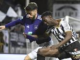 Anderlecht won met 1-2 op het veld van Charleroi
