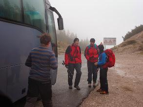 Photo: Priprave na odhod z avtobusom.