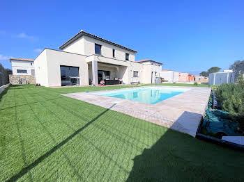 Villa 7 pièces 158 m2
