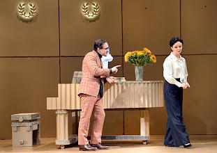Photo: DAS KONZERT von Herrmann Bahr. Wiener Akademietheater - Premiere 7.2.2015. Inszenierung: Felix Prader. Florian Teichtmeister, Regina Fritsch. Copyright: Barbara Zeininger