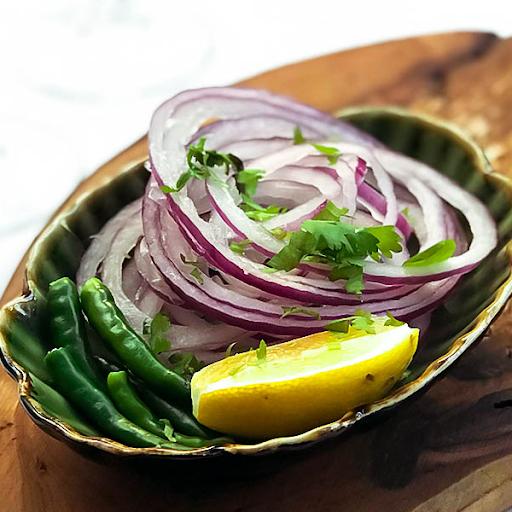 Lachcha Pyaaz Salad