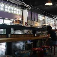 CAFÉ SLOW TRAIN 小火車咖啡館