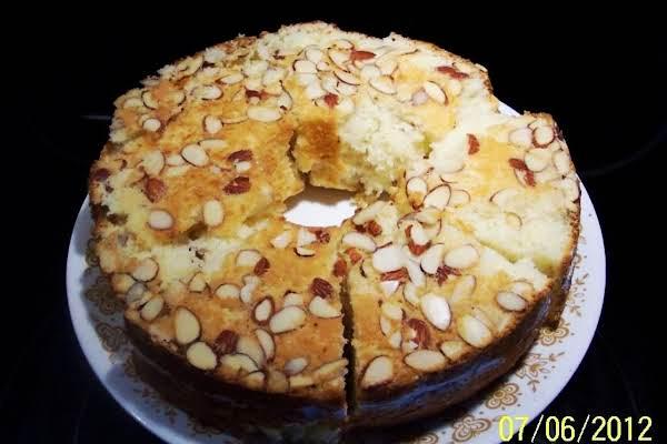Almond Crusted Cake  ..from 1995