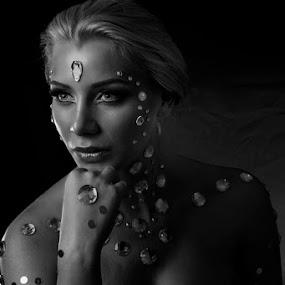 Karin by Lan Saflor - People Portraits of Women