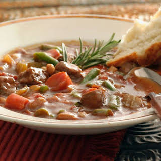 Crock Pot Family Beef Stew with Potatoes.