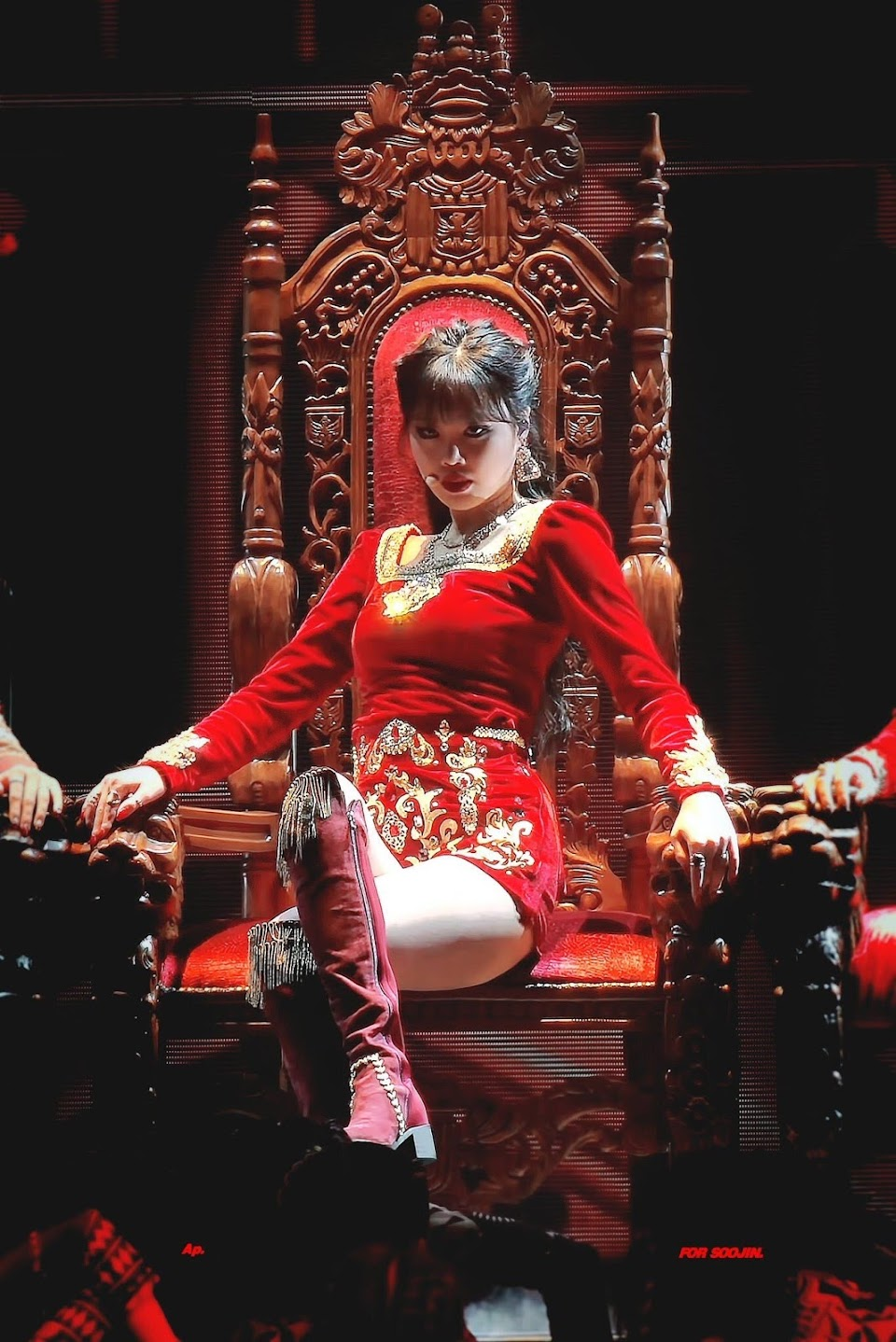 soojin red queen