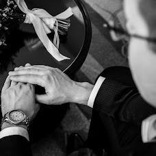Wedding photographer Vladimir Antonov (vladimirphoto). Photo of 07.12.2017