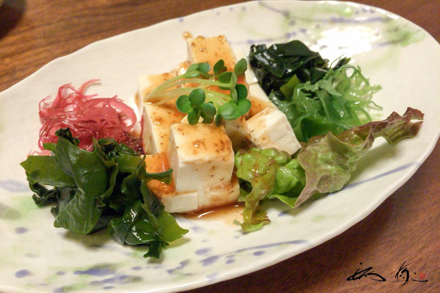 豆腐と海藻サラダ