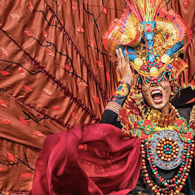 Jember Fashion Carnaval by Nico Ariyanto - People Street & Candids ( scream, fashion, indonesia, carnaval, man )