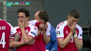 Los jugadores de Dinamarca no pudieron contener las lágrimas.