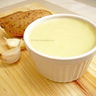Traditional Greek Potato Garlic Dip/Spread (Skordalia) Recipe