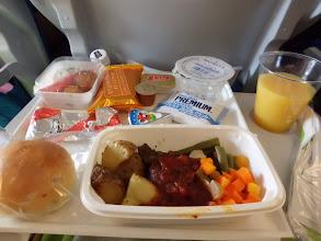 Photo: 初めての機内食