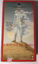 """Photo: A capa do VHS importado de""""Lawrence da Arábia"""" que é mecionado por um dos podcasters deste episódio em www.filmesclassicos.com.br. A fita foi lançada em 1989 após o filme ter sido restaurado no mesmo ano."""