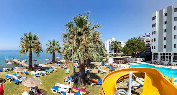 Blu Mare Beach Hotel
