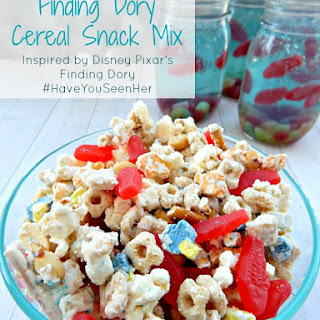 FINDING DORY Cereal Snack Mix ~ #HaveYouSeenHer #FindingDory