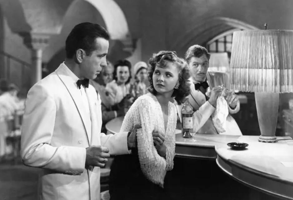 Casablanca bartending scene