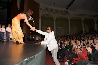 Photo: Lilian receiving compliments by internationally acclaimed Brazilian singer-composer Jorge Ben
