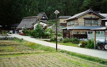 Photo: Ainokura, gassho-zukuri farmhouses.