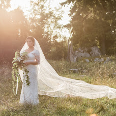 Wedding photographer Anette Bruzan (bruzan). Photo of 14.09.2017