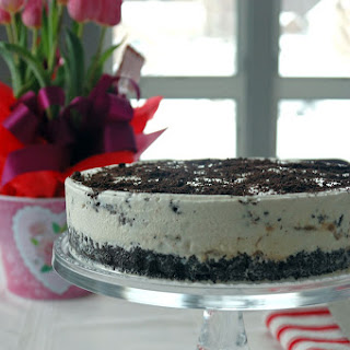 Vanilla-Caramel Ice Cream Cake with Oreo Crust