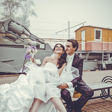 Wedding photographer Anna Ulyanova (pampiart). Photo of 05.06.2014